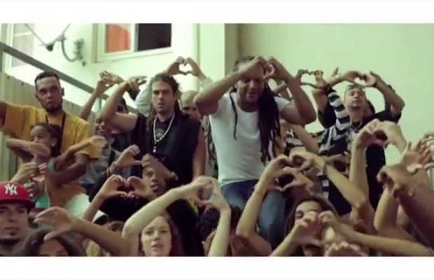 Blacko (Sniper) tourne sons ultime clip «Accroché à mes rêves» à la Réunion