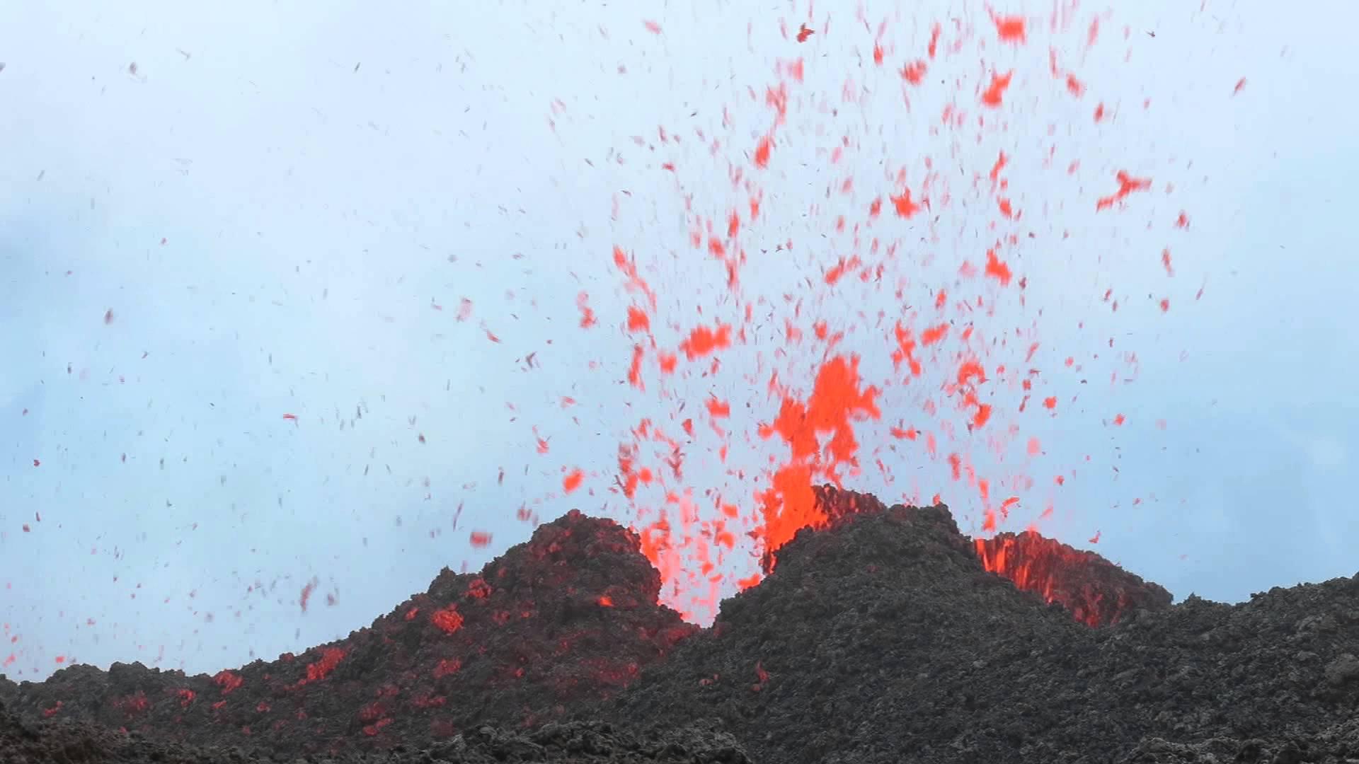 Eruption du Piton de la Fournaise : les vidéos