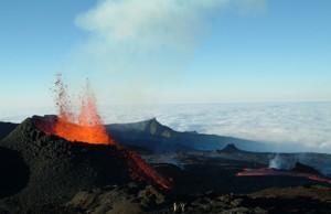 eruption volcan réunion volcan la pété