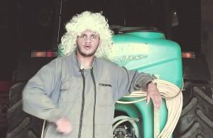 Toony est fier de son Zeop et le fait savoir dans 2 vidéos