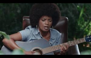 Clip «ama Don't Give Up» – Christine Salem